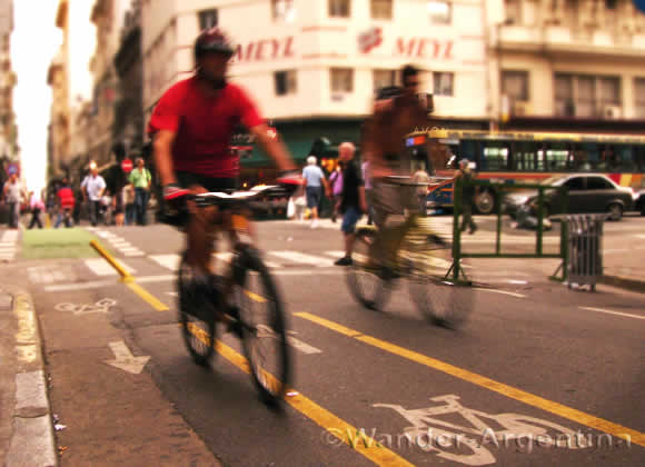Bicyclists on the bike lanes in Buenos Aires