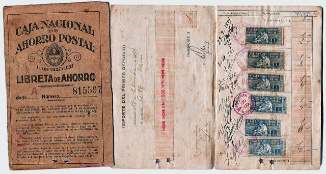 A booklet from Argentina's 'Caja Nacional de Ahorra Postal' (National Postal Savings Fund), a defunct Argentine savings program